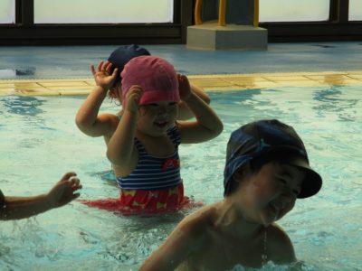 10:40からは、年少さんの番です。水の中が楽しそうです。