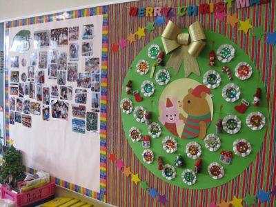 続いて、壁面もクリスマスの雰囲気いっぱいの年中組へ