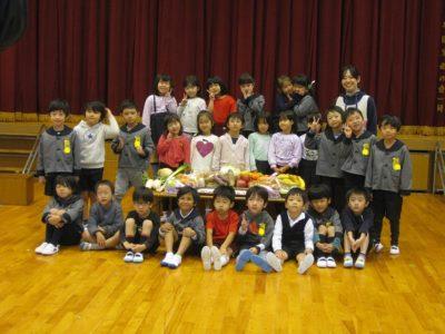 幼稚園のみんなと写真を撮るのも、残り数えるほどになりました。
